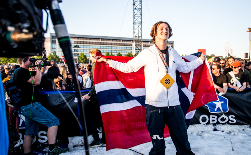 Se bilder fra herrenes Big Air-finale her